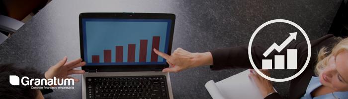 Quando um pequeno negócio deve contratar um diretor de finanças?